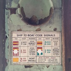 Ship to boat code signals